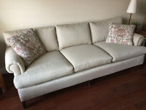 Quality Sofa and Loveseat from pet-free, smoke free home