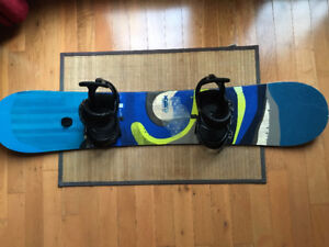 Burton 145cm Custom Flying V  w/Burton Freestyle Bindings