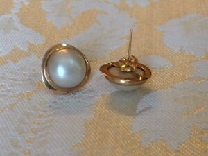 14k gold Mabee pearl earrings