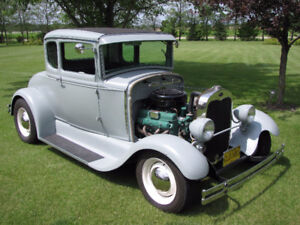 1930 Ford Model A Coupe, full  fendered Hotrod