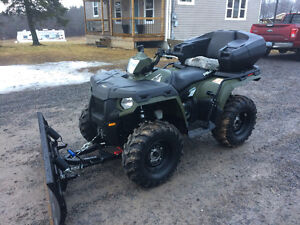 ABSOLUTELY MINT 2011 POLARIS 800 SPORTSMAN WITH PLOW...FINANCING