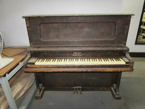 Antique Piano!!! BEST OFFER