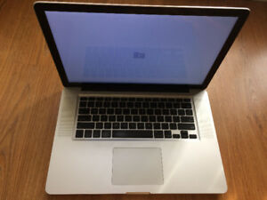 i7 Macbook Pro 15 inch 2011 -- for parts