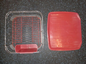 Dish Rack with Drainboard in Red