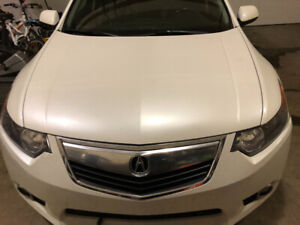 2013 Acura TSX white colour with premium package only $10000
