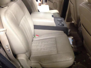 Tan Leather Seats for 03-06 Lincoln Navigator / Ford Expedition London Ontario image 5
