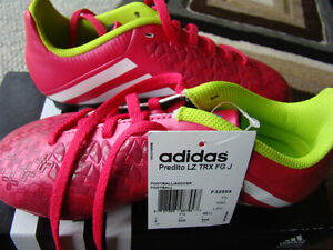 NEW ADIDAS SOCCER SHOES SIZE 2 FOR GIRLS AGES 6 - 9 HOT PINK Regina Regina Area image 2