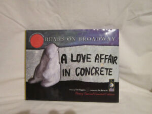 NEW AD - Hardcover - Bears on Broadway 422/1000