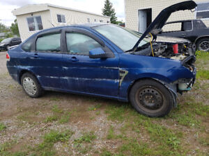 2008 Ford focus sel for parts .low kms