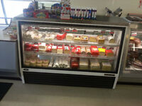 COMERCIAL 6' DISPLAY COOLER FOR SALE