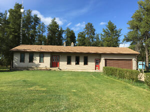 Beautiful house and acreage for sale or rent
