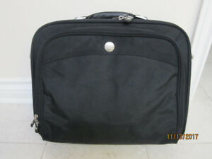 Dell laptop bag with extra travel bag