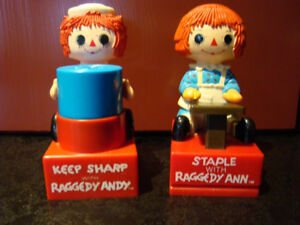 Raggedy Anne and Andy desk set