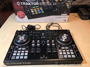 TRAKTOR KONTROL S4 MKII + scratch pro 2 logiciels