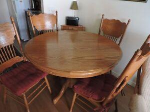 TABLE CUISINE CHENE MASSIF