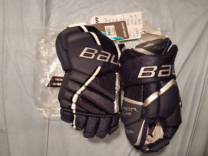 "Brand New With Tags Bauer Vapor X:40 Navy Hockey Gloves 13"" Windsor Region Ontario image 2"