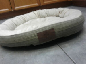 Dog wash kijiji in ontario buy sell save with canadas 1 american kennel club dog bed solutioingenieria Gallery