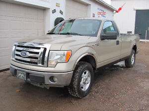 2010 Ford F-150 XLT Reg Cab, 4x4...**SALE..TAX INCLUDED**...