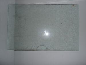 5 vitres pour servir de tablettes a vendre.