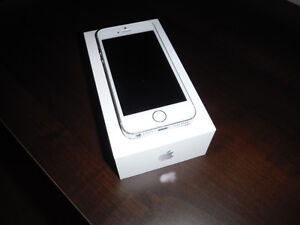 Iphone 5s White/Silver 16gb Rogers