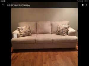 New couch & chair 1/2