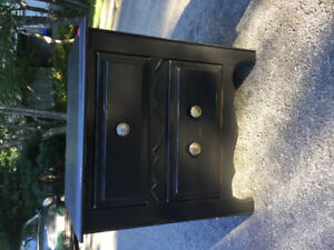 Black 2 drawer night stand