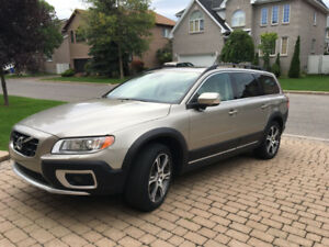 2013 Volvo XC 70 - 62,300Km - EXCELLENT CONDITION!