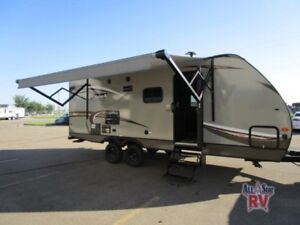 2018 Dutchmen RV Coleman Light LX 2155BH