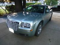2005 Chrysler 300 Limited RWD