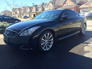 2009 Infiniti G37 S Coupe in mint condition