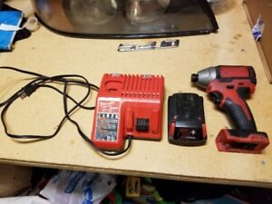 Milwaukee 1/4 Hex Impact Driver Brushless 18V &Charger & Bits