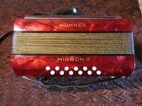 HOHNER MIGNON II Piano Accordion