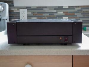 Amplificateur Hafler DH 200 et pré-amplificateur DH 101.