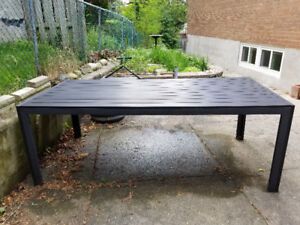 Aluminum and composite patio table