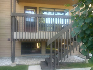 Great location in Varsity (N.W.) - Cedar Gardens Condo!   The l