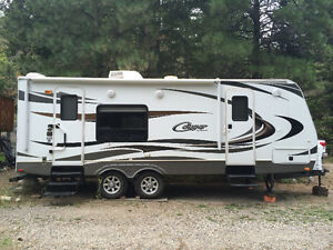 24 ft Cougar travel trailer