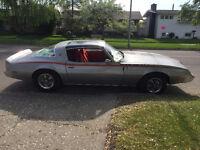 1981 Pontiac Firebird  Esprit Coupe (2 door)