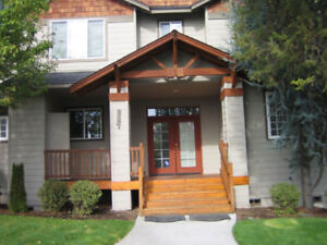 Eagle Crest Townhouse with Private Hot Tub