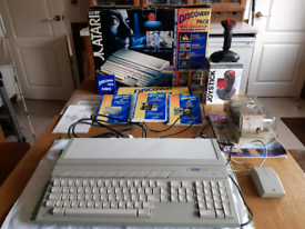 Atari ST 520 boxed Discovery Pack with mouse, joystick, games and manu
