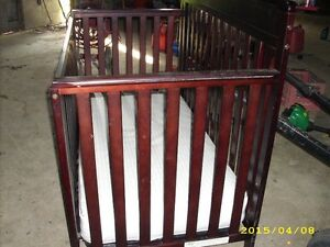 Graco Wooden Crib London Ontario image 2