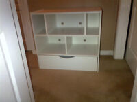 Dresser. 5 cubby spaces.