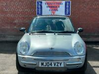 Mini Cooper 1.6 2004 black manual clean & tidy car price to sell. Any part x
