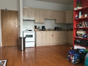 St clair west apartments condos for sale or rent in toronto gta kijiji classifieds for 1 bedroom apartment near downsview station