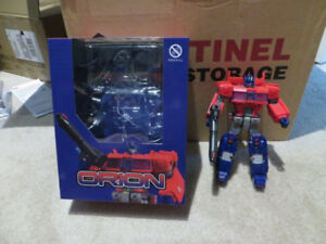 Transformers 3rd Party Toyworld Orion - Optimus Prime Loose