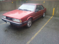 1990 VOLVO 780 RED BERTONE for parts V6 ( 740/760 )