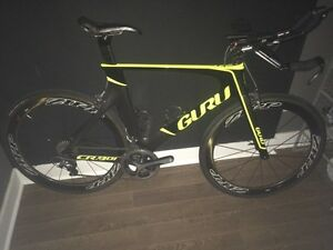 Guru CR.901 full Dura Ace 9000 Zipp 404 CC