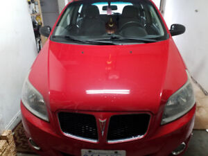 2010 Pontiac G3 Hatchback Excellent  Condition