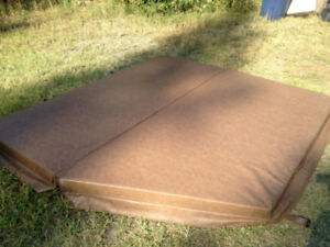 Hot Tub Cover - Great Condition