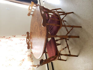 Dinning table with 4 chairs-$100