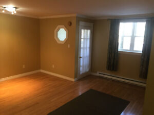 Condo - Private Entrance - 2 Bedroom! Available Immediately